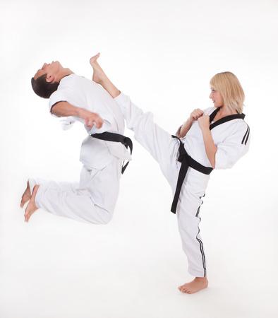 patada: Espect�culo Maestro Tiro superior a la cabeza en la lucha cuerpo a cuerpo