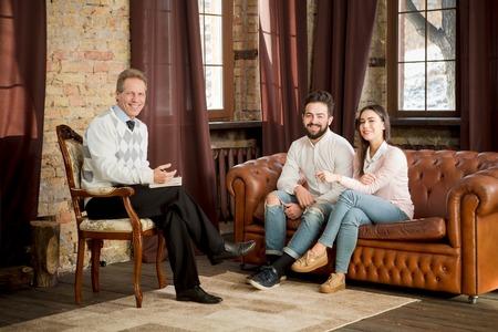 psychologists: Couple at psychologists office