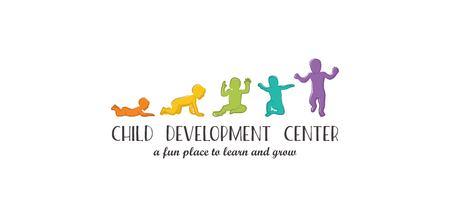 Logo per l'asilo e la scuola materna. La fase di sviluppo dei bambini segna la prima tappa. Le tappe del bambino del primo anno Archivio Fotografico - 76866817