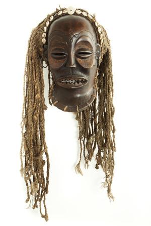 maschera tribale: Vecchio antico africana tribale maschera Chokwe