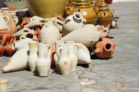tunisian: Tunisian ceramique, Nabeul pottery