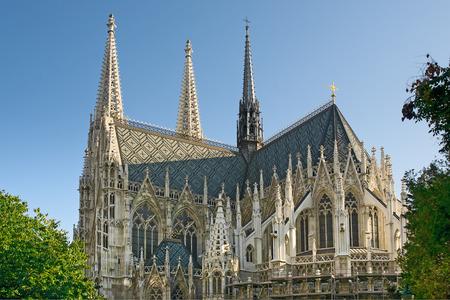 Votivkirche (Votivkirche) liegt an der Ringstraße in Wien, Österreich