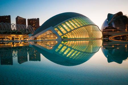 De stad van de Kunsten en Wetenschappen in Valencia, Spanje. Redactioneel