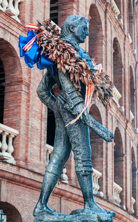 toreador: Toreador statue of Manolo Montoliu at Plaza de Toros in Valencia, Spain