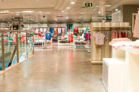 clothing stores: VALENCIA, SPAIN - JUNE 29, 2015: Sfera clothing store in Valencia, Spain.