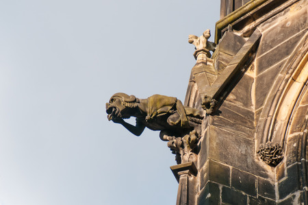 gargouille: Gargoyle of St. Vitus Cathedral in Prague, Czech Republic Banque d'images