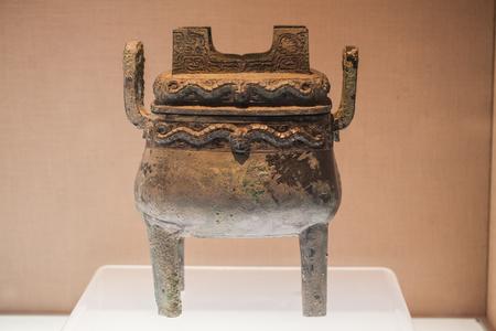 cultural history: Ancient bronze ware