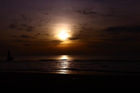Sunrise at Pranbury beach photo