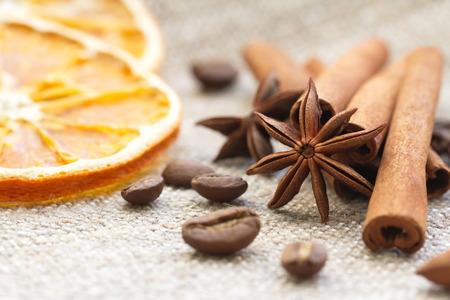 anise: Cinnamon, anise, orange and nuts