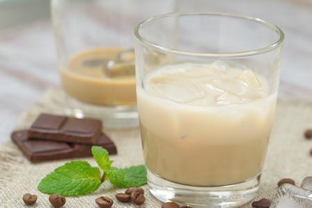 liqueur: Cocktail with liqueur, cream and ice
