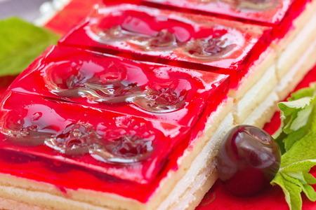 Sommer Dessert Susse Kalt Rote Gelee Kuchen Mit Kirschen