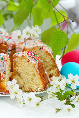 Easter cake and colored eggs