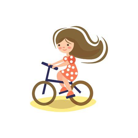 자전거를 타는 어린 전 십대 소녀의 귀여운 만화 삽화. 어린이 승마 자전거. 자전거를 탄 아이, 학교에 가는 길에 자전거를 타고 즐기는 어린 소녀. 아이들을 위한 스포츠 벡터 (일러스트)