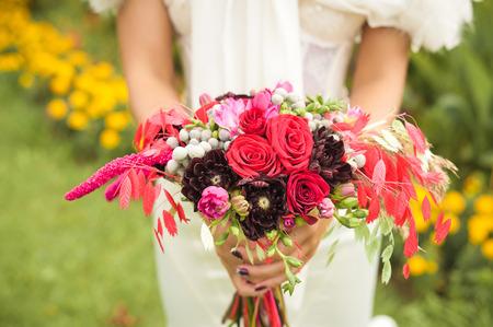 floral arrangements: beautiful wedding flowers bouquet