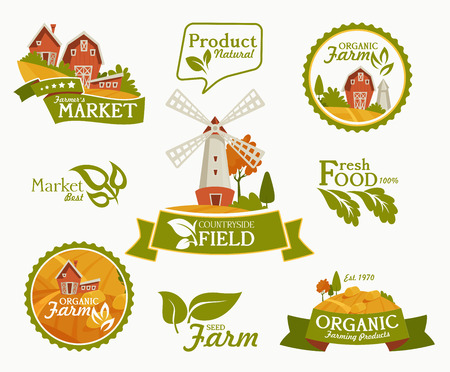 Farming landscape concept. Vector illustration with barn, houses and country yard. American farm in the summer. Poster of organic fresh food. Foto de archivo - 118976923