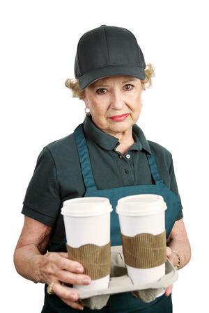 prendre sa retraite: Un haut femme malheureuse dans un service d'emplois subalternes et incapable de prendre sa retraite. Isol� sur blanc.