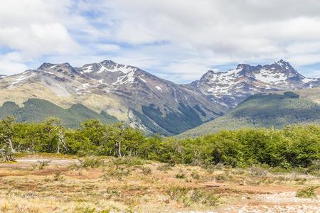 Snow mountains in Laguna Esmeralda trail, Ushuaia, Patagonia, Argentina Banco de Imagens - 95964077