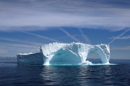 グリーンランドの海岸大西洋沖の氷山 写真素材