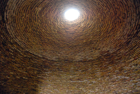zenith: Zenith hole in ancient dome