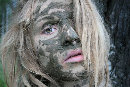 Girl with a mask at an ecological resort. Beautiful blonde Stockfoto