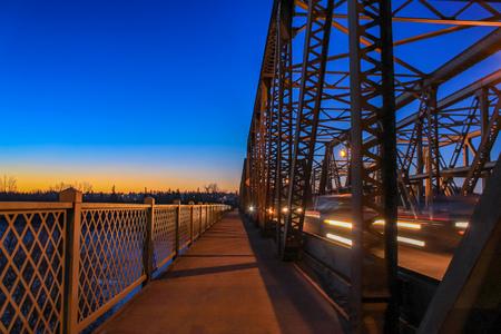 Sunrise Bridge Walkway Stockfoto