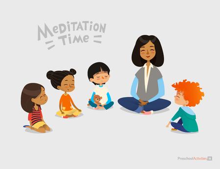 Maestra de preescolar y niños sonrientes sentados en círculo en el piso y haciendo ejercicio de yoga. Lección de meditación en el concepto de jardín de infantes. Ilustración vectorial para banner, sitio web, póster, postal.
