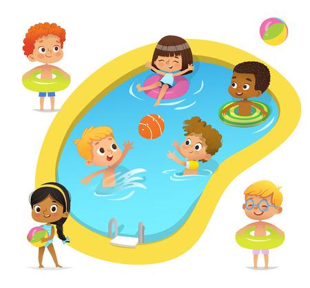 Personajes de fiesta en la piscina. Los niños y niñas multirraciales con trajes de baño y anillos se divierten en la piscina. Chica afroamericana de pie con pelota. Personajes de caricatura. Vector aislado