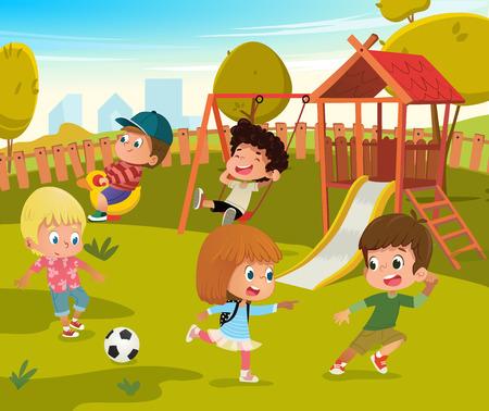 Illustration vectorielle de bébé aire de jeux parc d'été. Les enfants jouent au football et à la balançoire en plein air dans la cour de l'école maternelle. Petit jeu d'enfant dans la nature. Concept d'activité de personnage de dessin animé garçon et fille
