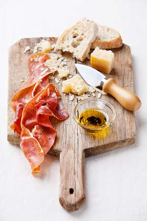 Cured Meat, Cheese and bread Imagens