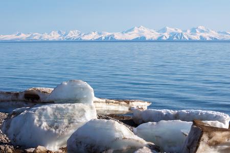 Paysage la mer d'Okhotsk, Magadan, Russie Banque d'images