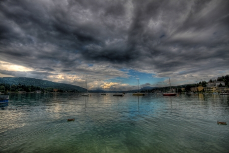 seasonality: The worthersee lake at Velden, Austria