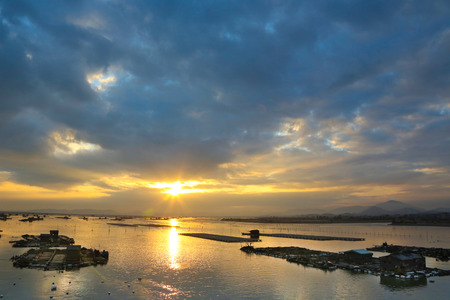 sunsets: China Xiapu seaside sunsets, fishermen seafood farming.