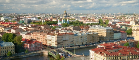 saint petersburg: Saint Petersburg City Skyline and Cloudscape