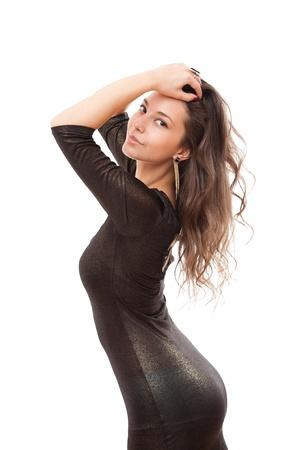 黒のドレスでポーズ美しい細身のブルネットの女性の肖像画