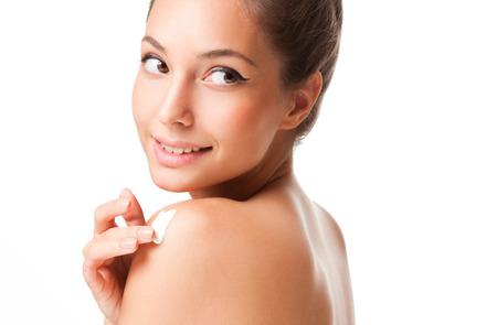 Porträt einer wunderschönen jungen Brünette Schönheit mit Kosmetika. Standard-Bild - 32551819