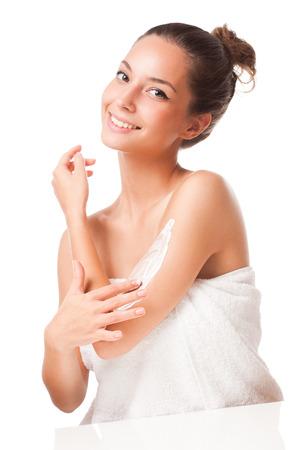 Porträt einer wunderschönen jungen Brünette Schönheit mit Kosmetik. Standard-Bild - 32551994