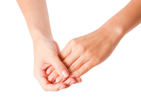 Weibliche Hände, die Körperlotion auf weißem Hintergrund. Standard-Bild - 32552009