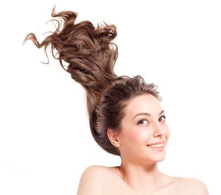 Porträt einer wunderschönen jungen Frau mit gesundem Haar. Standard-Bild - 36936080