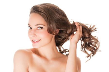 Portrait einer Brünette Schönheit mit starken gesundes Haar. Standard-Bild - 38030606