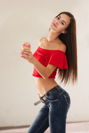 Gorgeous young girl, indian sexingphotos