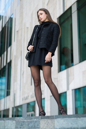 Portrait of elegant high fashion brunette beauty. Standard-Bild