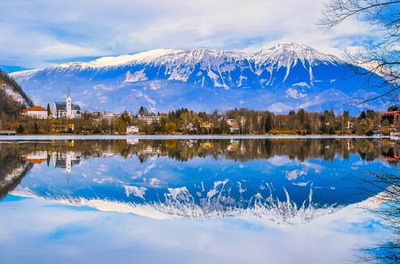 bled: Scenic of beautiful winter at Bled, Slovenia