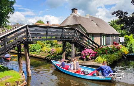 architecture: Giethoorn, The Netherlands