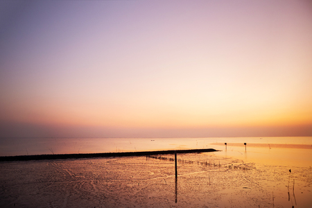 Beautiful sunset at the sea Banque d'images - 102902342