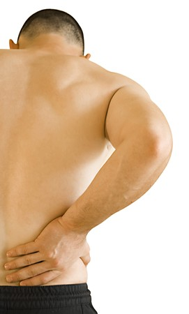 sports massage: hombre joven tener dolor de espalda haciendo masaje