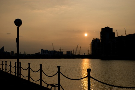 places of interest: canary wharf silhouettes at sunset, London UK