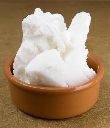 mantequilla: manteca de karité orgánica base de jabón Foto de archivo
