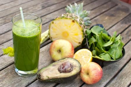 healthy juice made of freshly juiced fruits and vegetables Stok Fotoğraf - 17931457