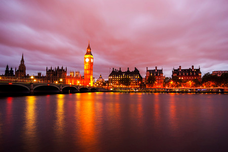 united kingdom: Big Ben and Houses of parliament at dusk, London, UK