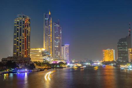Icon Siam shopping mall the luxury landmark at Bangkok, Thailand. 免版税图像